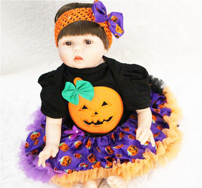 reborn-doll-halloween-Pumpkin-costume-3
